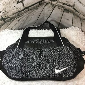 Nike Black/White Gym/Duffle Bag